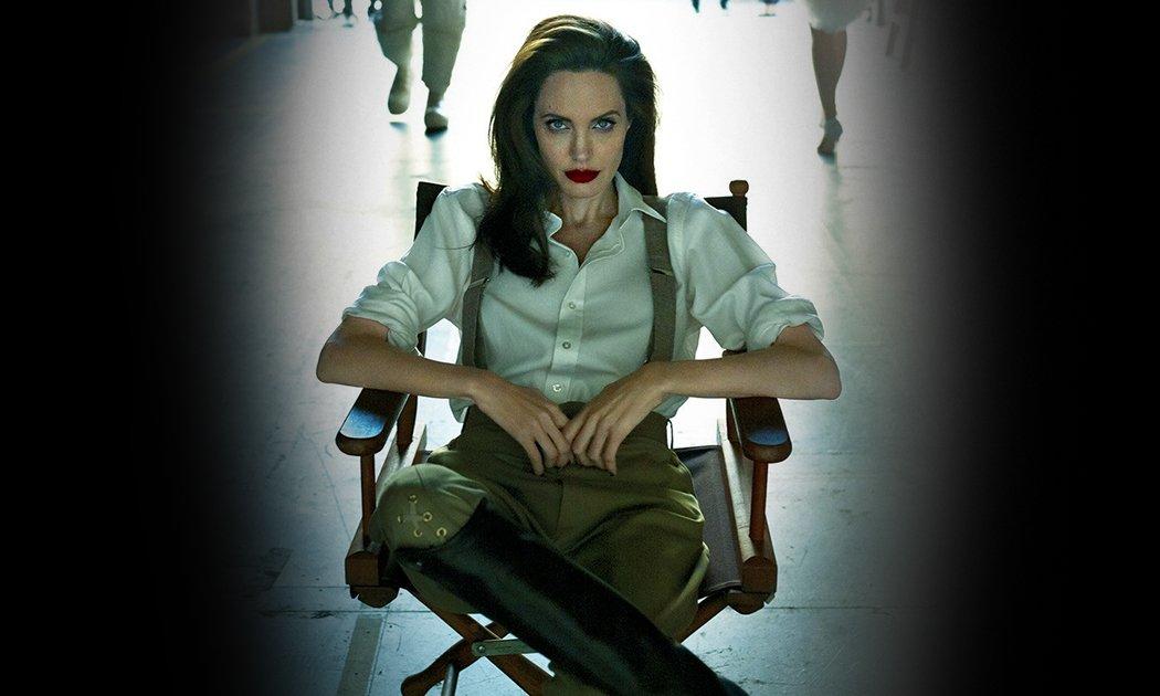 Angelina Jolie Jadi Umpan Panglima Perang