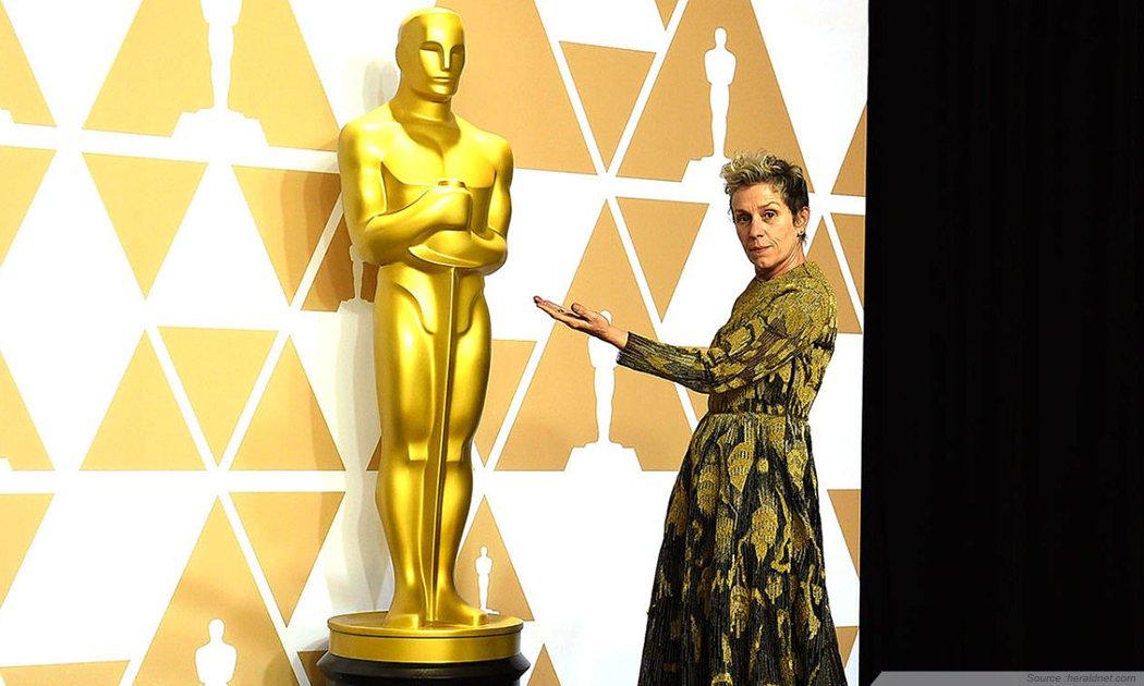Oscar 2018: Heboh Piala Frances McDormand Dicuri!