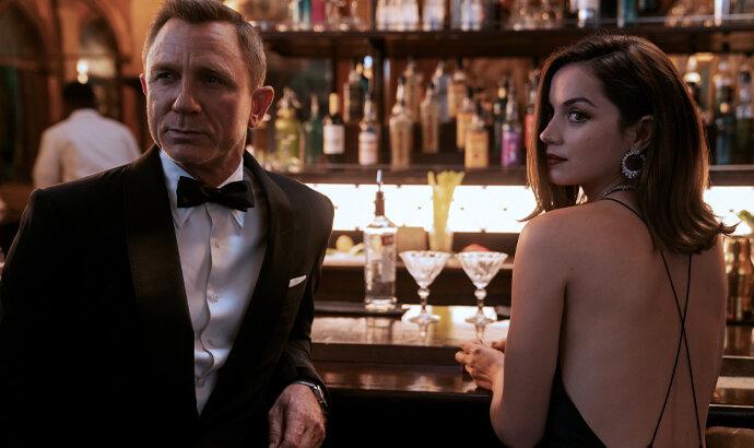 Setelah Knives Out, Daniel Craig adu akting lagi dengan Ana de Armas