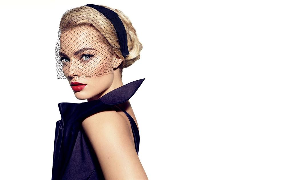 Margot Robbie Melesat di Langit Hollywood