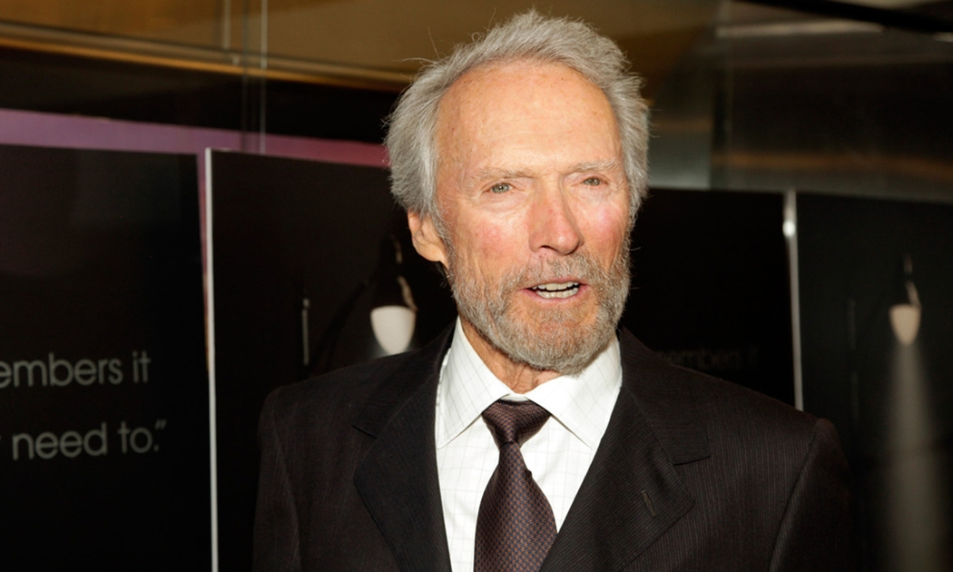 Clint Eastwood (II) Politiknya Jelas, Pribadinya Misterius